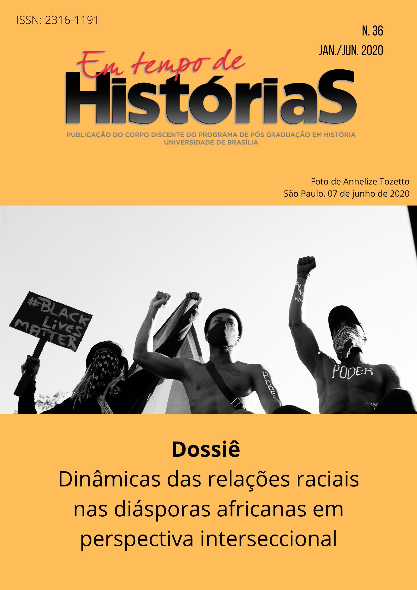 capa Em tempos de história